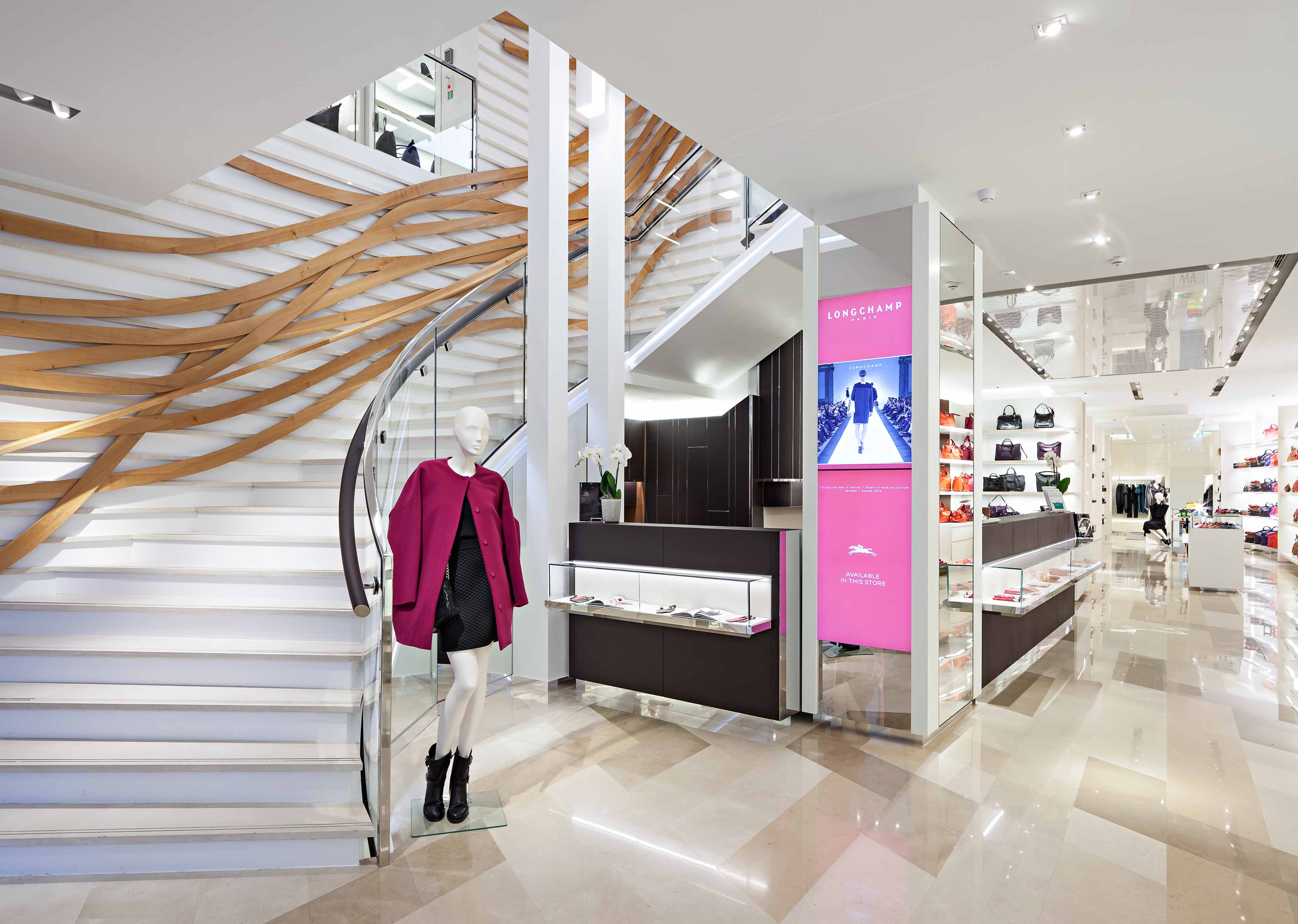 ganter-reference-retail-longchamp-munich2